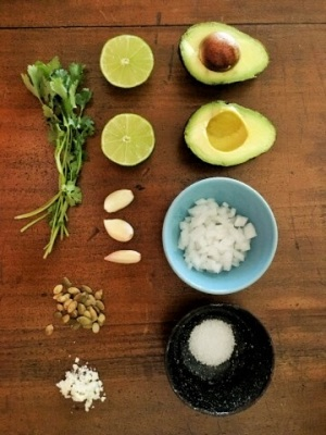 Guacamole-cotija